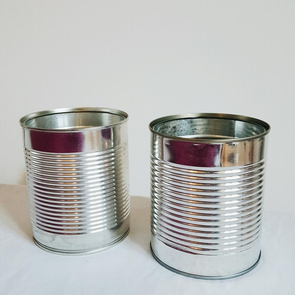 diy des id es pour recycler ses bo tes de conserve blog lifestyle food travel ablacarolyn. Black Bedroom Furniture Sets. Home Design Ideas