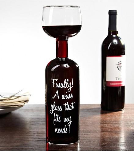 bouteille-de-vin-avec-verre-integre