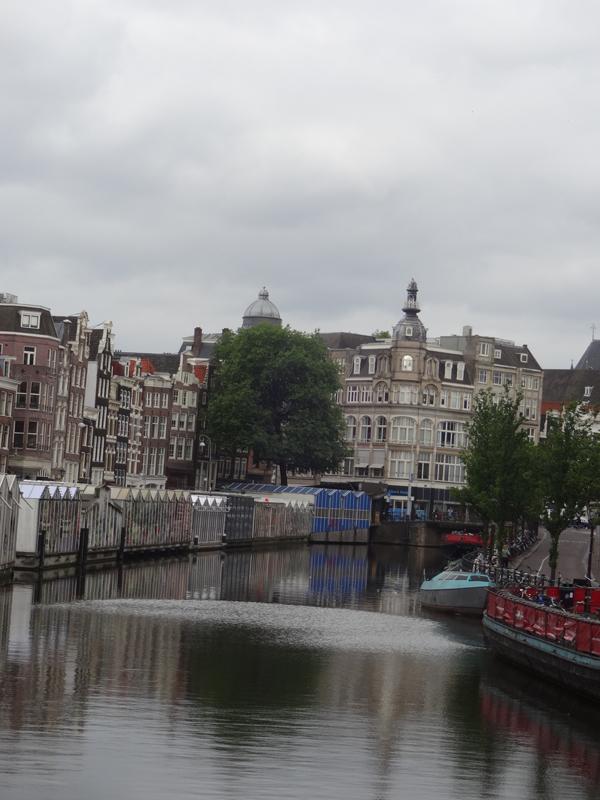 marche_fleurs_eau_amsterdam