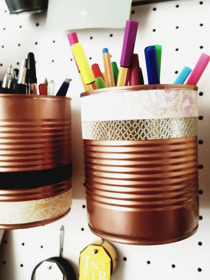 pot_crayons