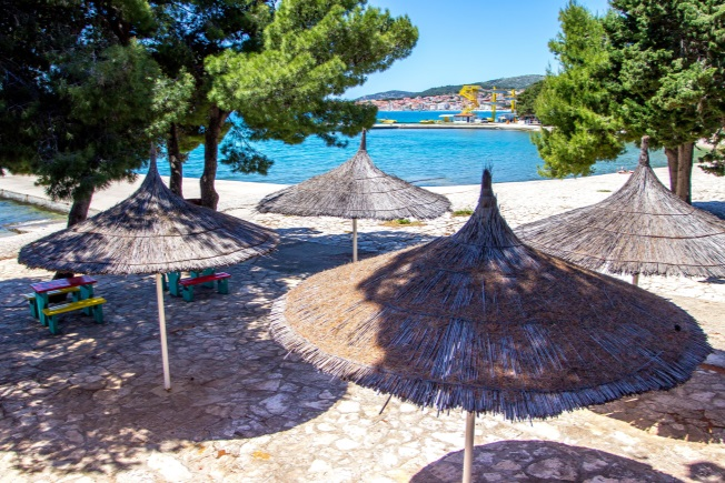 Look-Voyages-Croatie-Club-Lookea-Dalmatia-plage-3