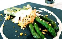 Asperges vertes à la crème de Parmesan à la truffe | Recette