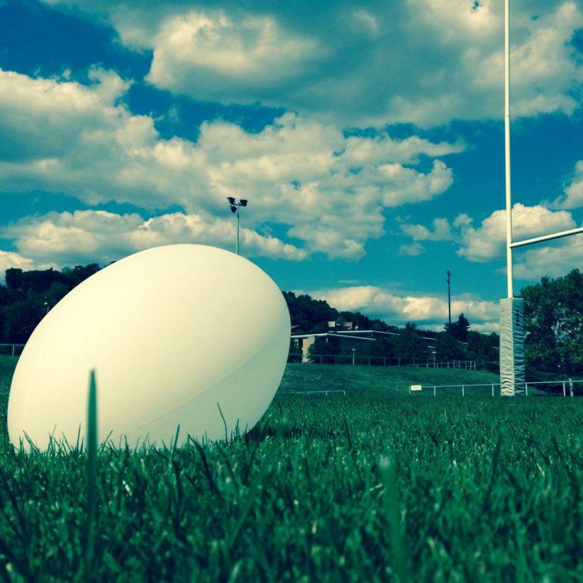 ballon-de-rugby-lumineux-ellis