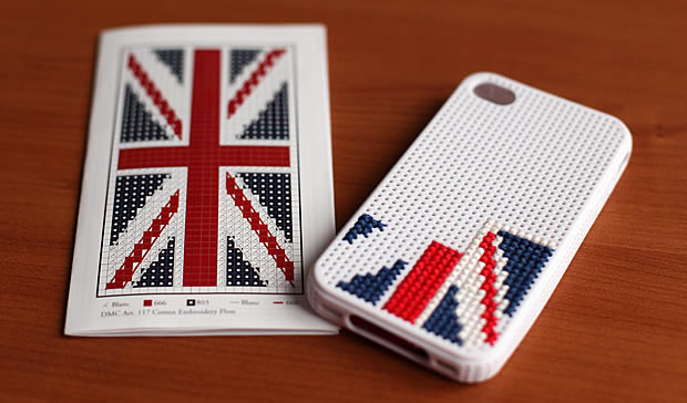 coque-iphone-broder-dmc-3