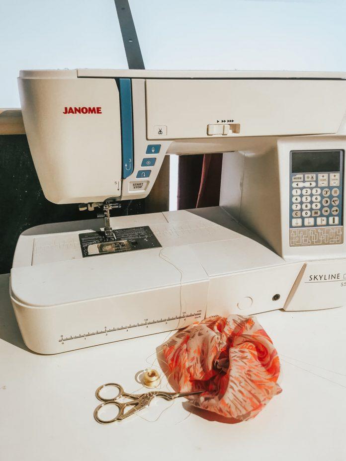 machine-a-coudre-tissu-epais
