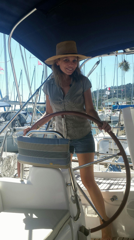 une_femme_à_la_mer